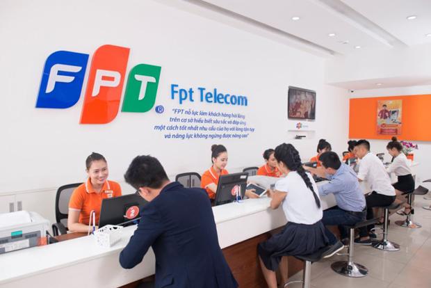 """FPT Telecom cùng Khách hàng """"Trả trước đón Xuân – An vui ngày Tết"""""""